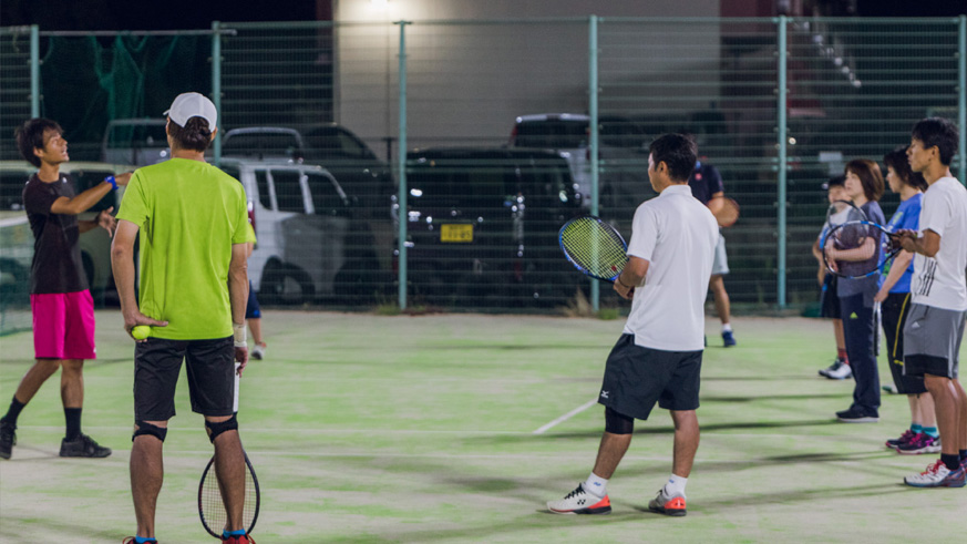 硬式テニススクール